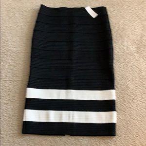 NY&Co brand new slit skirt 🦋🦋❣️🌺🌺⭐️⭐️🌼🌈🌈💗